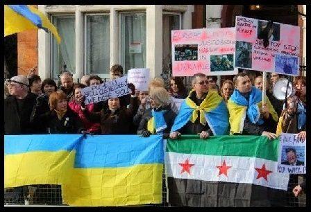 """Eroe"" pseudo-nazista ucraino prima promette: ""Affonderò la flotta russa!"" poi finisce ai ferri!"