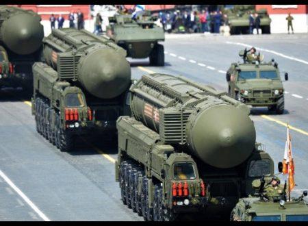 """Yury Solomonov, esperto russo di armi nucleari dichiara: """"Gli Usa da 10 a 15 anni più arretrati!"""""""