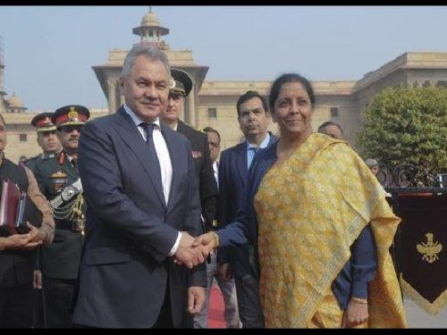 Shoigu in India, Mosca e Nuova Delhi sono più vicine ora che ai tempi dell'URSS e di Indira Gandhi!